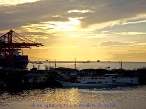 Isla Puting Bato Port